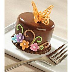 Wilton Cake Decorating, Cookie Decorating, Decorating Ideas, Cake Icing, Fondant Cakes, Fancy Cakes, Mini Cakes, Cupcakes, Cupcake Cakes