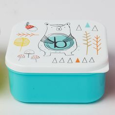 https://www.sassandbelle.co.uk/Alphabet Bear Square Lunch Box