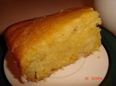 Hearty Cornbread #sweet #muffin #corn #cornbread #justapinchrecipes Vegetarian Fajitas, Moist Cornbread, Corn Dishes, Side Dishes, Homemade Pesto, Homemade Food, Diy Food, Recipe Box