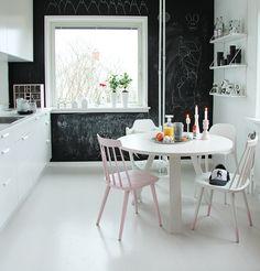 Miniwilla kitchen.