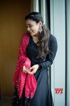 Actress Shalini Pandey Latest Beautiful Photoshoot Stills - Social News XYZ Actress Shalini Pandey Latest Beautiful Photoshoot Stills Dress Indian Style, Indian Fashion Dresses, Indian Outfits, Indian Attire, Fashion Clothes, Simple Kurta Designs, Kurta Designs Women, Kalamkari Dresses, Bandhani Dress