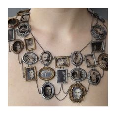 This strikes me as very steampunk. Obviously you have no idea what steampunk is then. Moda Steampunk, Steampunk Fashion, Steampunk Diy, Gothic Fashion, Steampunk Watch, 1800s Fashion, Victorian Steampunk, Family Tree Necklace, Jewelry Accessories