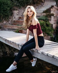 Marina Laswick Plus My Hard Dick – Female Fashion Model Marina Laswick Marina Laswick and my hard co Creative Senior Pictures, Cute Poses For Pictures, Girl Senior Pictures, Poses For Photos, Senior Pics, Senior Portraits Girl, Creative Ideas, Cool Pictures, Model Poses Photography