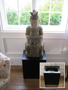 Displays & Pedestals   Alan Scott - Fine Art Management