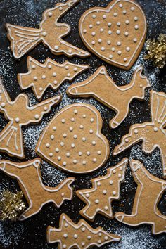 Pastry Shop, Christmas Traditions, Gingerbread Cookies, Baked Goods, Scandinavian, Sweets, Traditional, Baking, Winter
