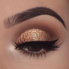 fallen in Frost Lidschatten-Palette - Dress Models - Make up augen - . fall in frost eyeshadow palette - Dress Models - Make up e Gold Makeup Looks, Rose Gold Makeup, Makeup For Brown Eyes, Cute Makeup, Prom Makeup, Hair Makeup, Makeup Style, Homecoming Makeup, Gold Eyeshadow Looks