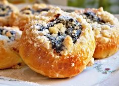 Czech Recipes, Ethnic Recipes, Bagel, Doughnut, Sweet Recipes, Muffin, Good Food, Food And Drink, Sweets