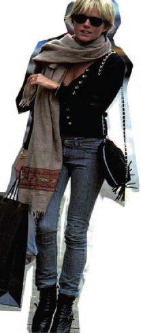 SIENNA MILLER wearing the Bon Bon bag from Meli Melo