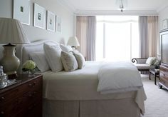 Mrs. Howard Personal Shopper - how to make a bed - sleeping pillows at the back, ero pillows next (matching the duvet), then a decorative pillow in front.