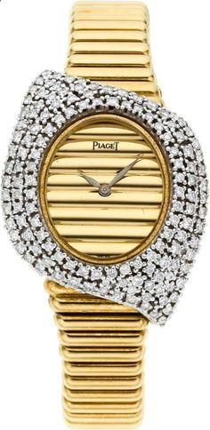 Diamond Watches Ideas : Piaget Very Fine Ladys Diamond & Gold Bracelet Watch Elegant Watches, Stylish Watches, Beautiful Watches, Rolex, High Jewelry, Modern Jewelry, Piaget Jewelry, Expensive Watches, Fine Watches