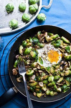 Růžičková kapusta s vejcem Sprouts, Curry, Brunch, Food And Drink, Low Carb, Keto, Meals, Vegetables, Cooking