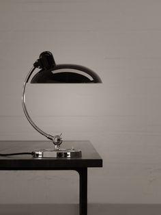 Fritz Hansen - Kaiser idell. Design by Christian Dell.