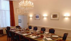 Ambassade Hotel with The Most Beautiful Canal's View : Ambassade Hotel Meeting Room