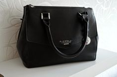 A Life Lounge: Outfit Inspiration Fiorelli Bag