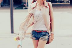 Image about girl in Moda by Erikox on We Heart It Tumblr Outfits, Girl Outfits, Country Fashion, Favim, Spring Looks, Fashion Images, Fashion Lookbook, Japanese Fashion, Fashion Beauty