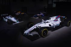 2017 Williams FW40 Mercedes: 4-shot gallery, full history and specifications