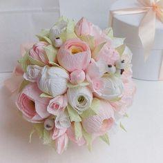 Все выходные за любимым делом Букетик-дублер для невесты Нежнее уже некуда #букетдублерминск #букетизбумажныхцветов #букетневестыминск #свадебныйбукетминск