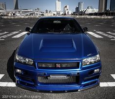 Girls love handbags and shoes, well guys like cars - Nismo Skyline GTR R34!