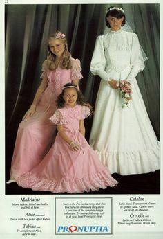 Pronuptia - 1983 Old Wedding Dresses, Colored Wedding Dresses, Wedding Dress Styles, Bridesmaid Dresses, Wedding Gowns, Vintage Wedding Photos, Vintage Bridal, Wedding Pics, Vintage Weddings