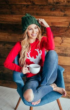 - Winter mode outfits - New Year Cozy Christmas Outfit, Holiday Outfits Christmas Casual, Christmas Fashion, Ugly Christmas Sweater, Holiday Style, Christmas Holiday, Holiday Outfits Women, Holiday Sweaters, Ugly Sweater
