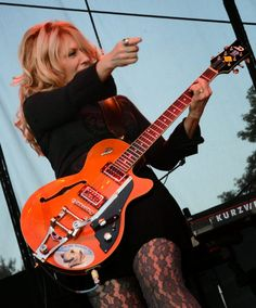 Nancy Wilson - Heart: Straight On in Redmond, WA Nancy Wilson Heart, Bass, Wilson Sisters, Feeling Betrayed, Music Heart, Sister Act, Women Of Rock, Female Guitarist, Rock Groups