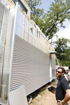 Metal Siding Installed over a Vented Rainscreen. Mark Epler my ace cameraman about to film a video with me! House Cladding, Metal Cladding, Metal Facade, Metal Siding, House Siding, Metal Buildings, Facade House, Metal Building Homes, Building A House