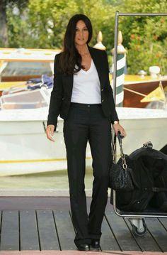 black suit + white t-shirt /Monica Bellucci