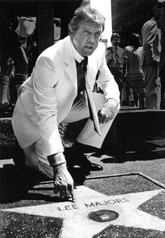 Babes & Hunks of Sci-Fi & Fantasy Hollywood Cinema, Hollywood Walk Of Fame, Sci Fi Movies, Movie Tv, Movie Theater, Alfred Hitchcock Hour, The Fall Guy, Lee Majors, Bionic Woman