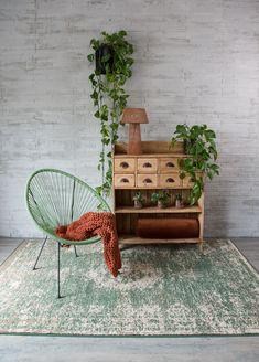 Verschillende vloerkleden van Tapeso Outdoor Furniture, Outdoor Decor, Carpets, New Homes, Bench, Home Decor, Farmhouse Rugs, Rugs, Decoration Home