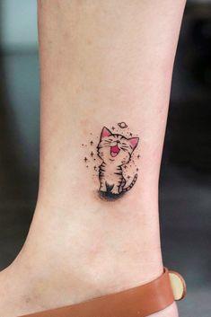 Cute Small Cartoon Cat Tattoo #cartoontattoo Small Cat Tattoos, Tiny Cat Tattoo, Cute Cat Tattoo, Black Cat Tattoos, Simple Cat Tattoo, Female Tattoos Small, Animal Tattoos, Time Tattoos, New Tattoos