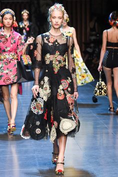 Dolce & Gabbana Spring Summer 2016 – Preorder now on Moda Operandi