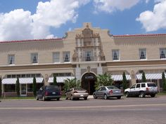 Paisano Hotel in Marfa, Texas, includes a small photo museum of the movie Giant stars.