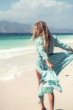 Spell-and-the-Gypsy-Collective_Island-Boho-Gown_Turquoise
