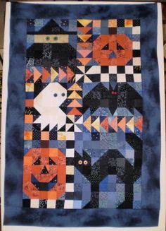 Halloween mini quilt.