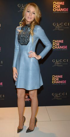#Blake Lively in @gucci per il lancio campagna Mondiale #Gucci Parfums a sostegno di #ChimeforChange http://www.sfilate.it/225248/abito-pelle-azzurra-pietre-gucci-per-blake-lively