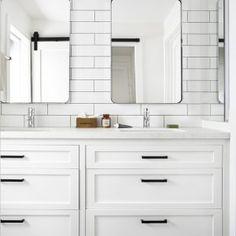 Lies And White Subway Tile Bathroom 13 White Subway Tile Bathroom, Double Sink Bathroom, White Vanity Bathroom, Bathroom Faucets, Small Bathroom, Master Bathroom, Modern Farmhouse Bathroom, Modern Bathroom Decor, Bathroom Ideas