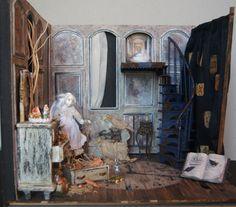 Ghost Alice in Wonderland. Doll Julie Campbell