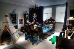 Peter Pan/ Pirates inspired bedroom #disney #peterpan #pirates #neverland