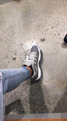 Nike Air Shoes, Vans Shoes, Shoes Sandals, Shoes Sneakers, Jordan Shoes Girls, Jordans Girls, Zapatillas Nike Jordan, Christmas Shoes, Baskets