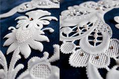 [パーチメントクラフト : 今井 真智子] 大通文化教室 Parchment Design, Parchment Craft, Paper Crafts, Quilts, Amazing, Pattern, Cards, Decor, Baby Dolls