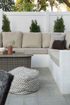 Custom Outdoor Seating DIY - Room for Tuesday Blog Garden Furniture Design, Diy Garden Furniture, Furniture Ideas, Outdoor Furniture, Rustic Furniture, Garden Design, Furniture Websites, Furniture Removal, Inexpensive Furniture