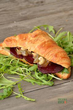 http://odcieniekuchni.pl/croissanty-z-pieczonymi-burakami/