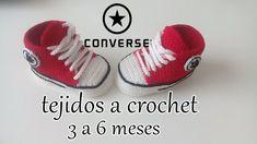 converse tejidos a crochet - bebe - ALL STAR Knitted Booties, Knit Shoes, Crochet Baby Booties, Crochet Slippers, Converse Rouge, Converse All, Crochet Converse, Crochet Patron, Crochet Toddler
