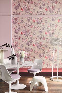 Behang Paradise - Pink van LITTLE GREENE. www.littlegreene.nl. roze   behang   wanddecoratie   interieur   design   interieurdesign   styling   wooninspiratie   wonen   woonkamer   eetkamer