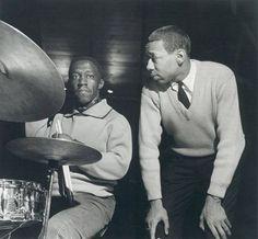 Art Blakey & Lee Morgan by Francis Wolff Jazz Artists, Jazz Musicians, Music Artists, Lee Morgan, Francis Wolff, Hard Bop, Thelonious Monk, Cool Jazz, People Icon