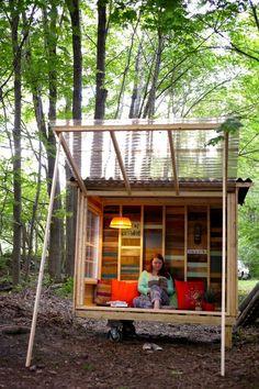 Relaxshacks dot com: A tiny house/study pod for an NYU Professor….on wheels