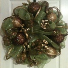 My deco mesh Christmas wreath!