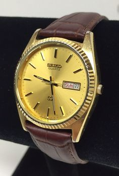 Vintage Mens Seiko Quartz Wrist Watch Gold Tone WR Day Date 5Y23-8A68 #Seiko #Casual