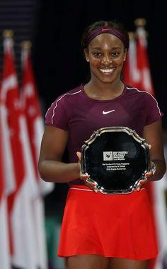 Tennis Trophy, Pro Tennis, Sloane Stephens, Maria Sharapova, Sports Stars, Tennis Players, Beautiful Black Women, Dimples, Boxing