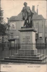 Het standbeeld Arie Scheffer op het Scheffersplein